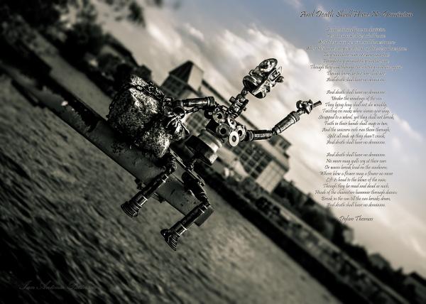ian-antonio-patterson.com, ian-antonio-patterson, reflective, creative-edit, pentax-k5, street-photography, 35mm-HD Macro, east-side-gallary, Berlin-Germany, Jamaica