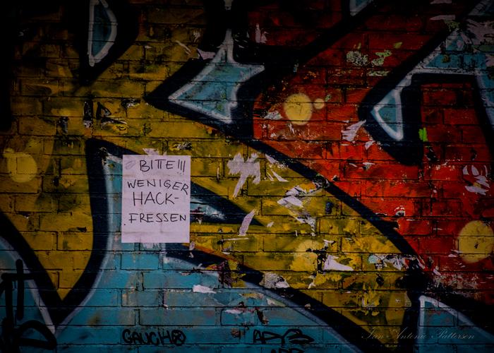 ian-antonio-patterson.com, ian-antonio-patterson, reflective, creative-edit, pentax-k5, street-photography, graffiti, 100mm HD Macro, Berlin-Germany, Jamaica