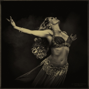 ian-antonio-patterson, iAntonio.com, dance photography, stage photography, Türkisch Flavoured, belly dance, berlin, Shalymar