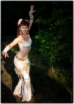 ian-antonio-patterson, ian antonio patterson, dance photography, stage photography, Schnappshots, ian-antonio-patterson.com, bellydance, tribal fusion, berlin, flora flora